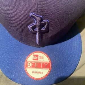 Accessories - Hat  Snap back  Fits any size men or woman